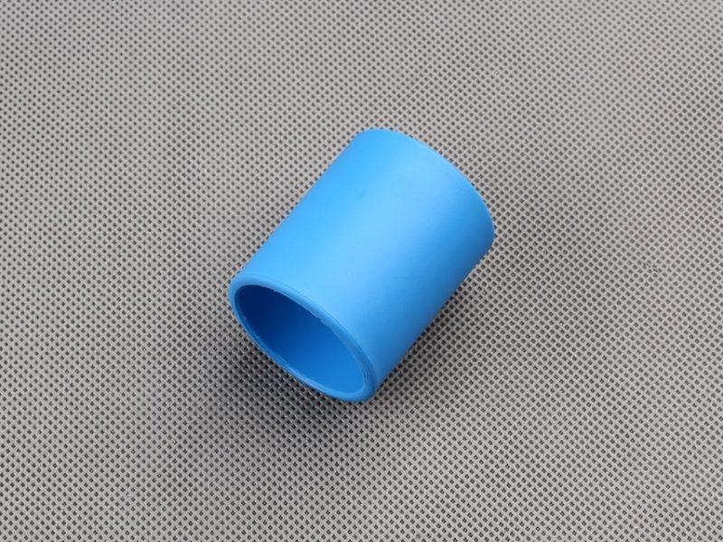 tuleja-dystansowa-z-tworzywa-blue